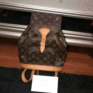 Authentic Louis Vuitton Montsouris MM